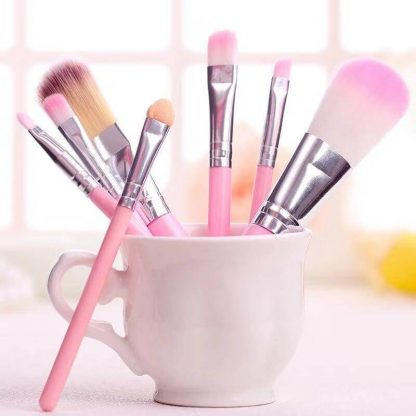 finelovedolls makeup kit brushes