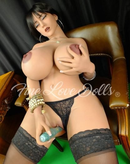 yl doll 5ft3
